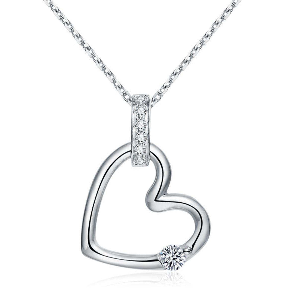 純18K/750 白金心形0.11克拉鑽石吊墜項鏈獨特鑽飾