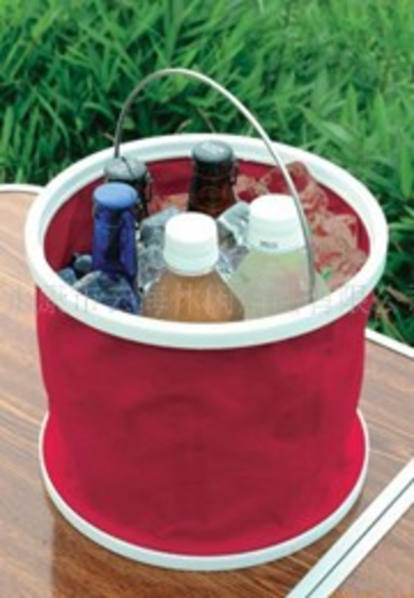 Foldable plastic water tank - red/blue (2pcs, random)