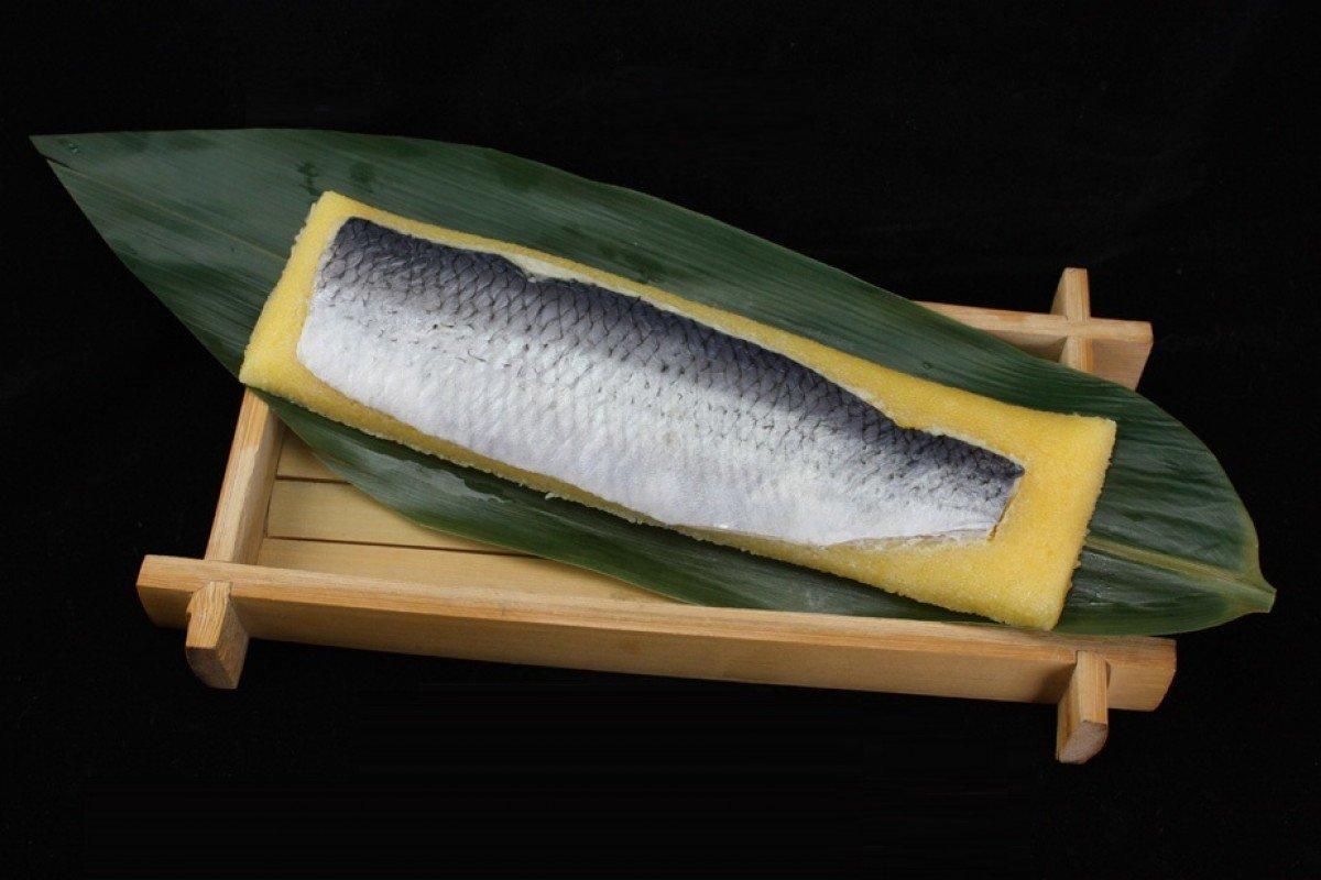 日本希靈魚(未切)130g
