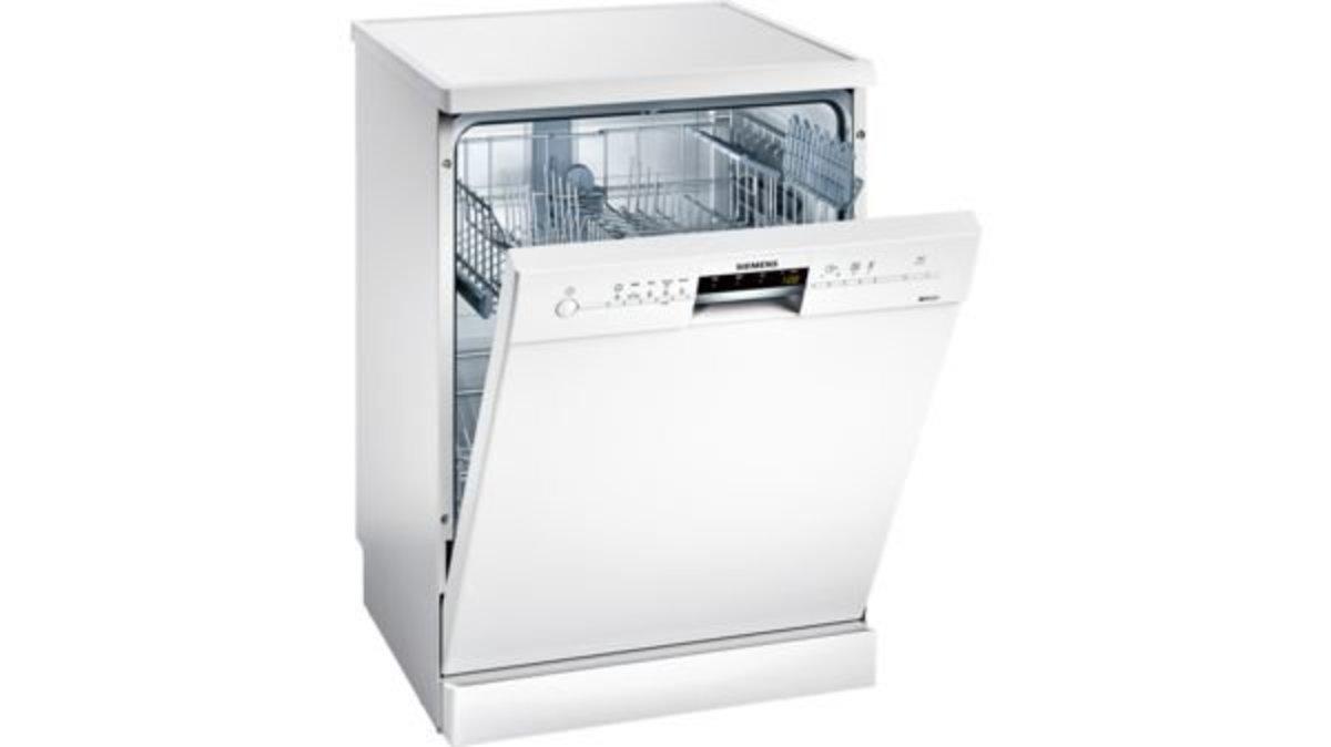 iQ500 Freestanding dishwasher 60cm White SN25L231TR