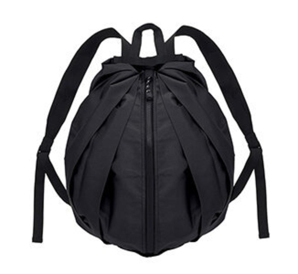 【S436BK】黑色 - 日本便攜秒收防水背包