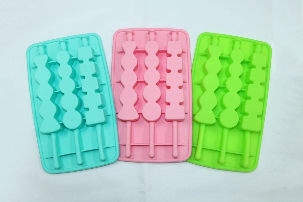 (Free Gift) Summer Silicon Skewer Ice Mold (Pink/Blue/Green) - Random Color