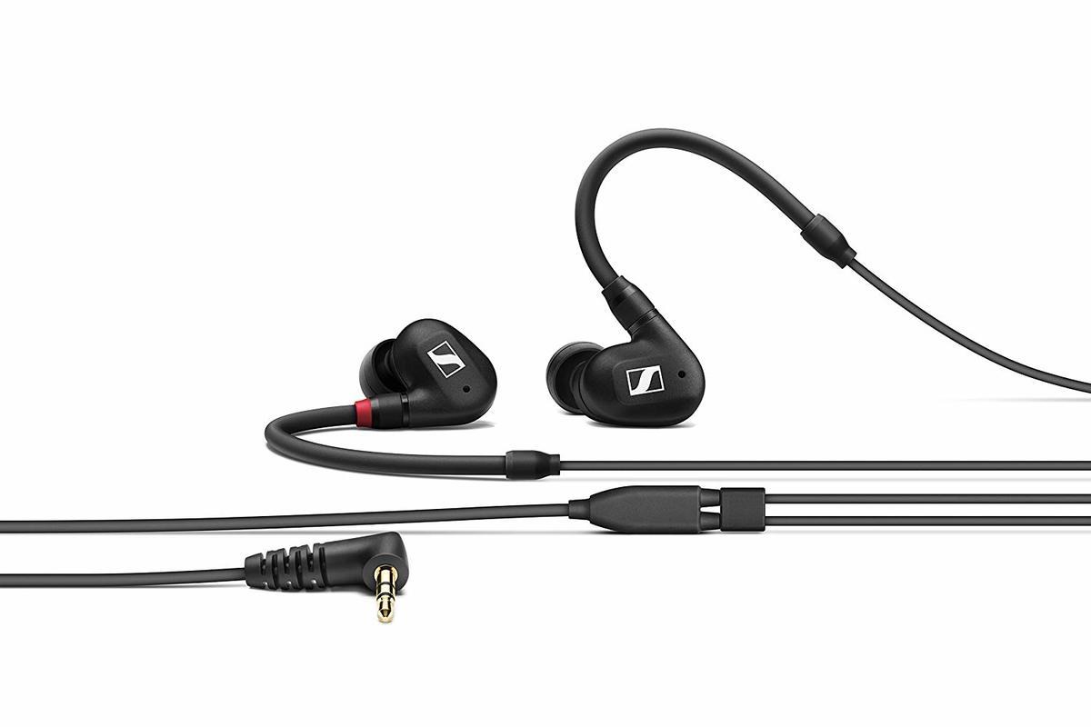 IE 40 PRO molded in ear dynamic monitors 3.5mm Earphone Black