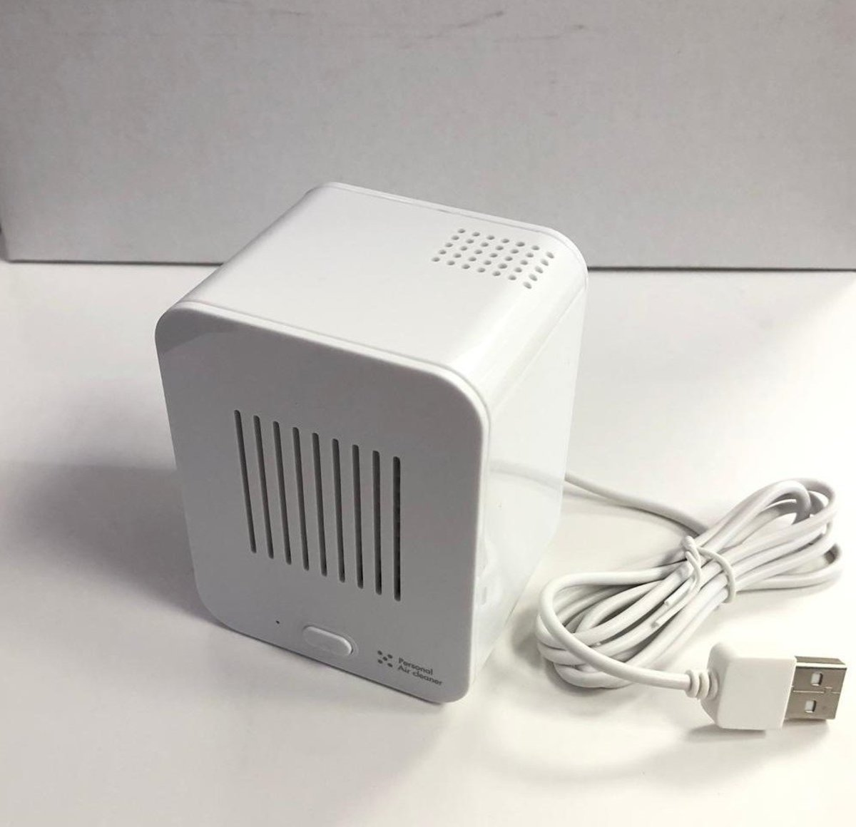 [HK Warranty] M7070 HEPA Personal USB Air Claner White