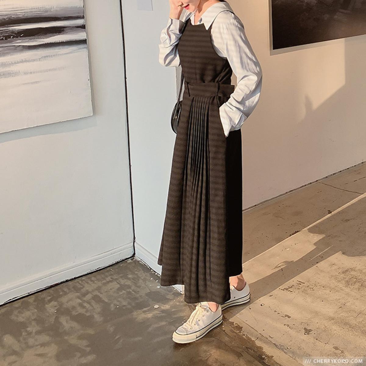 Cello Pleats Dress
