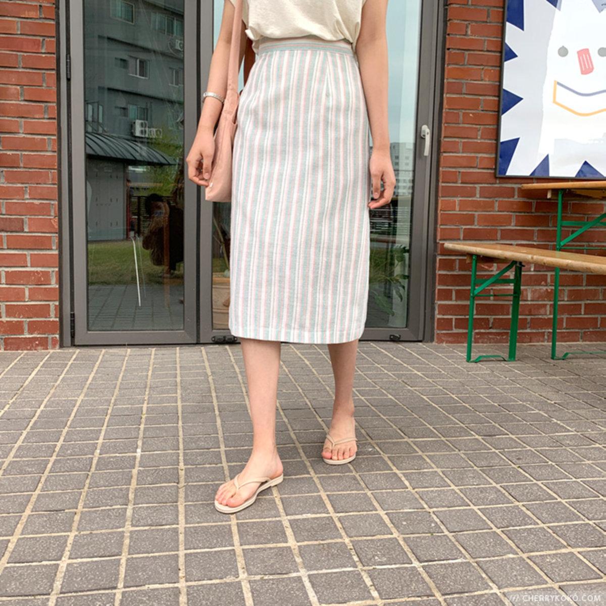 直條直身半截裙