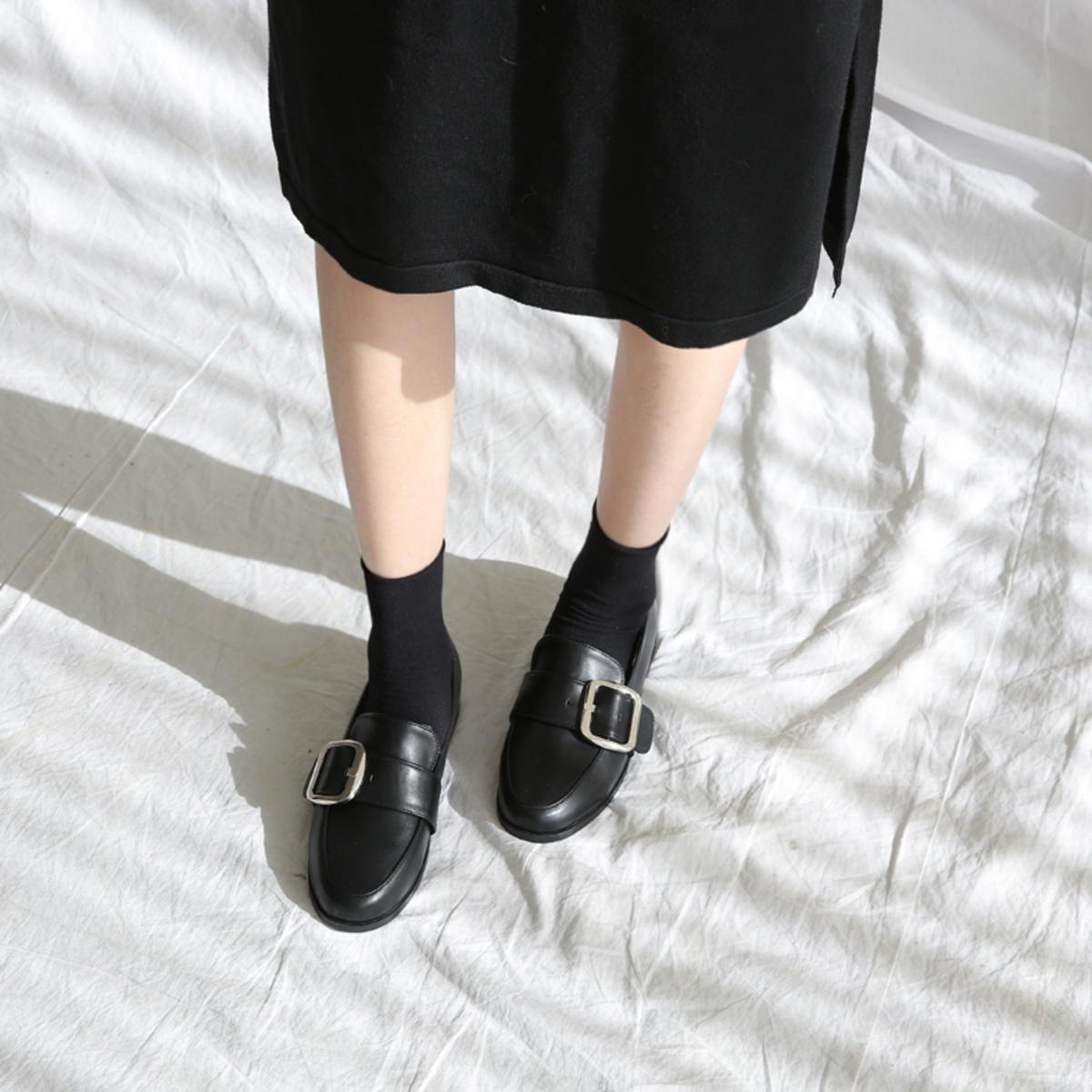 方扣帶平底鞋
