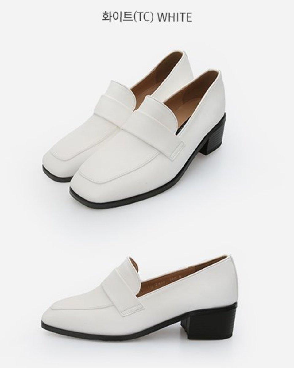簡約低跟鞋(TC)