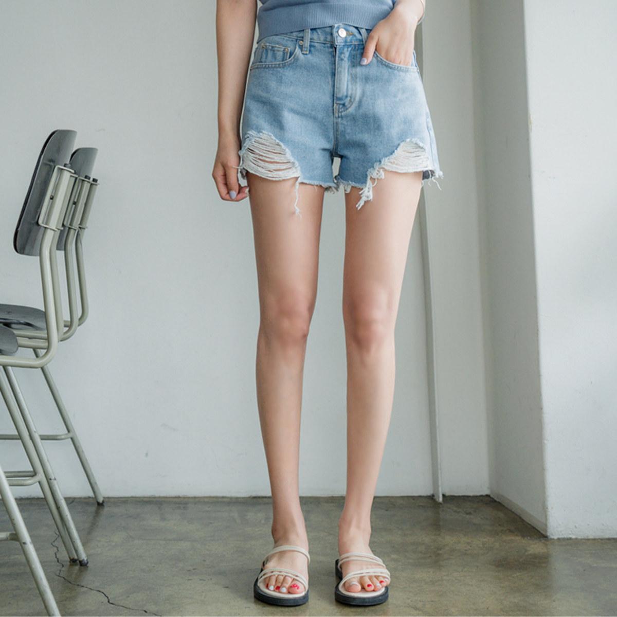 Season Denim Shorts