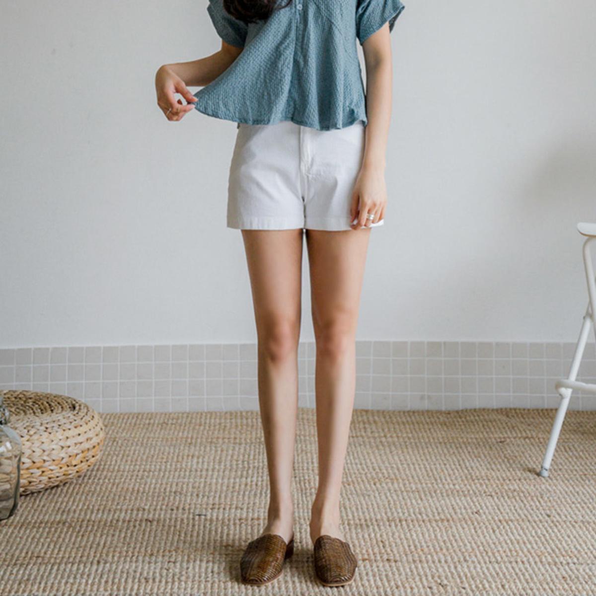 暗橡筋腰短褲
