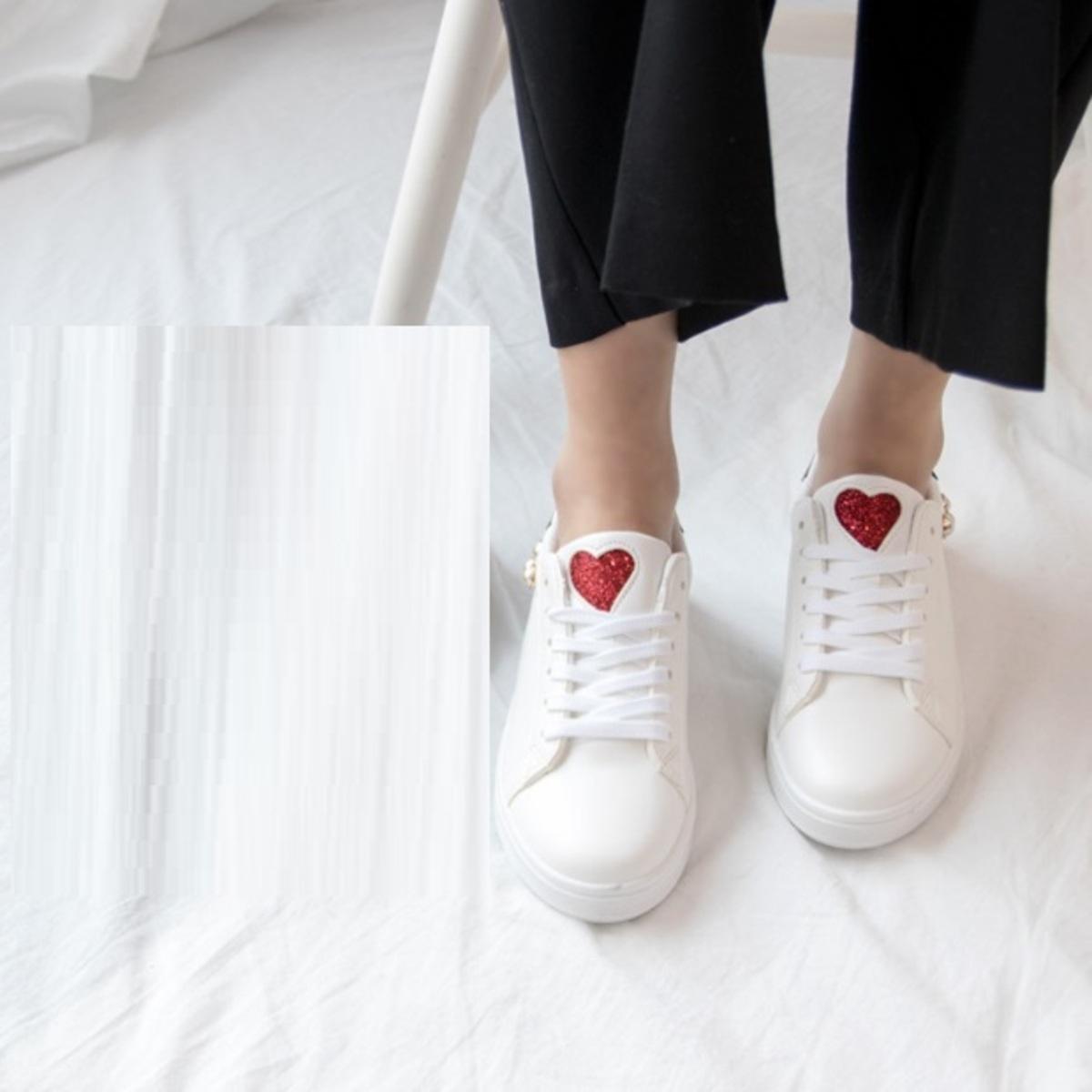 紅心圓珠運動鞋