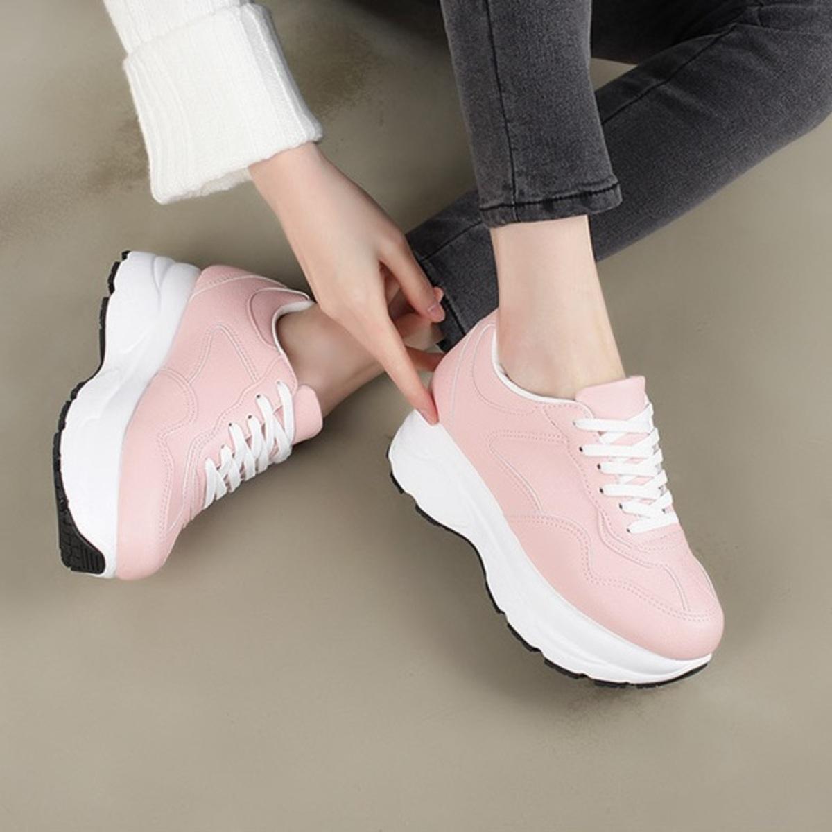 KR-Block Heel Sneakers