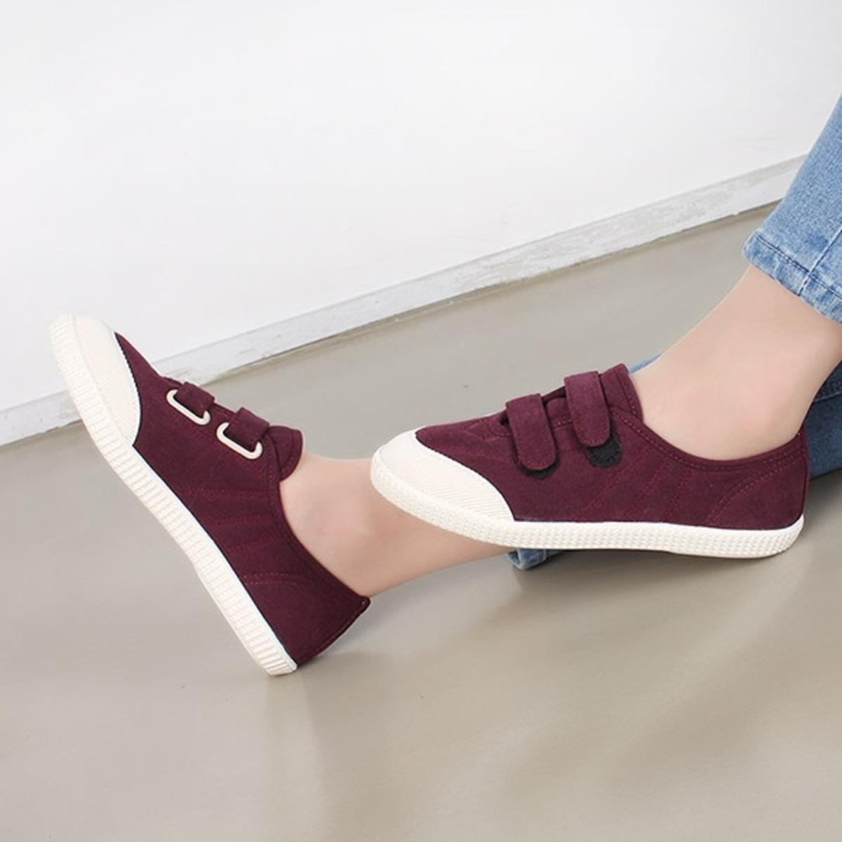 KR-Daily Sneakers