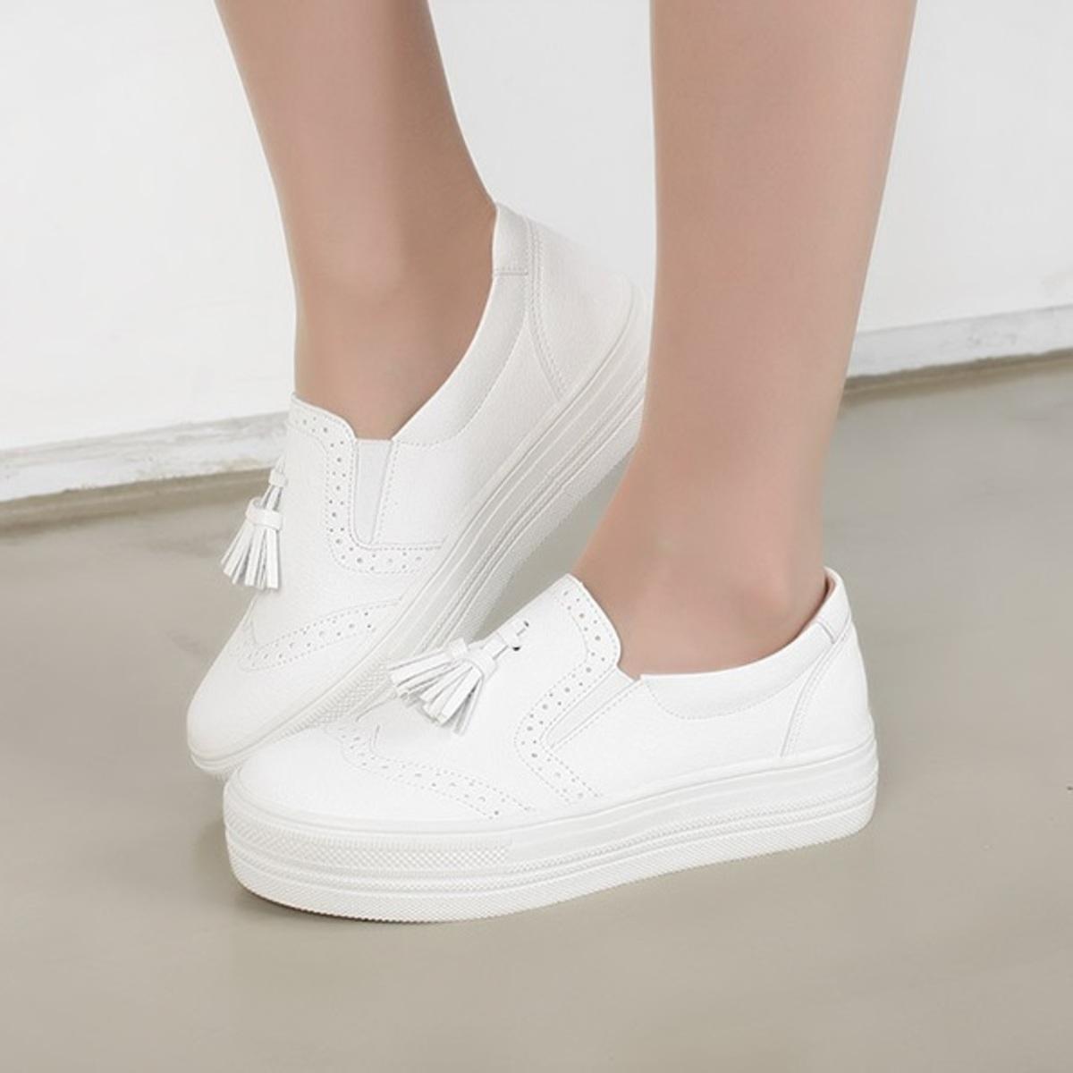 流蘇厚底平底鞋