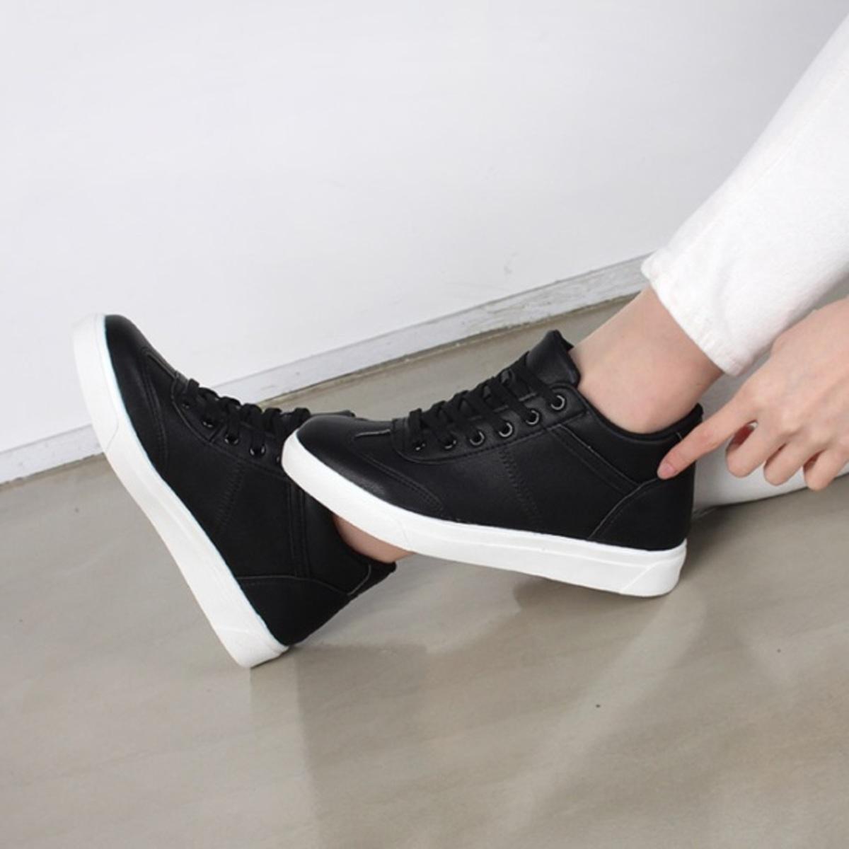 簡約休閒內增高運動鞋