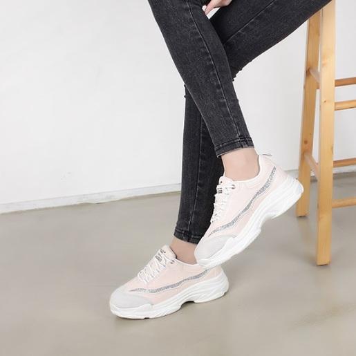 銀色條裝飾運動鞋