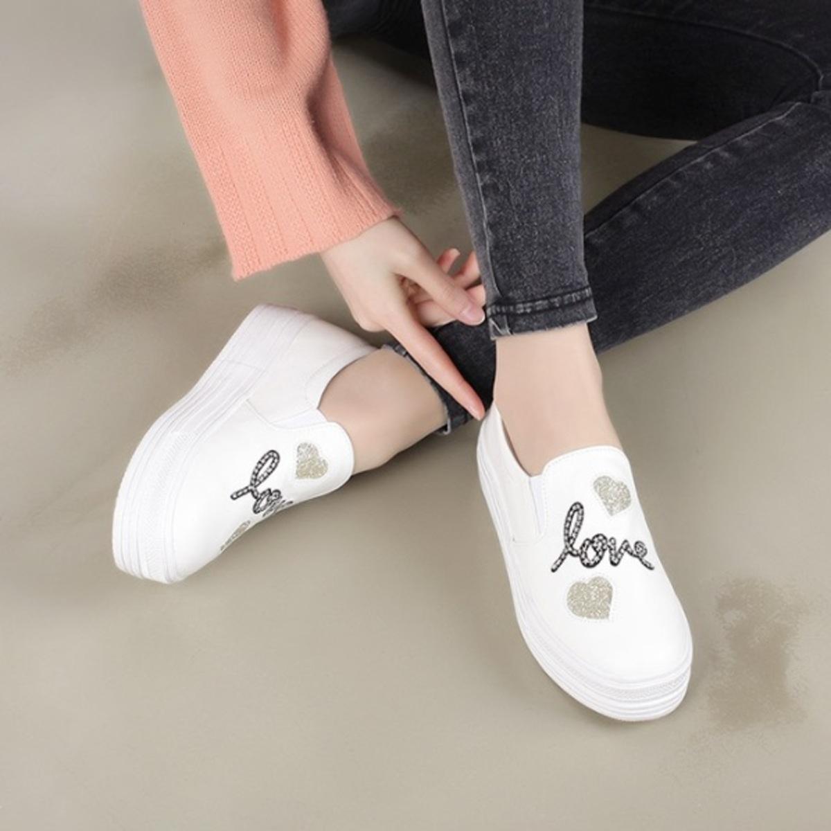 KR-Love Slip-ons