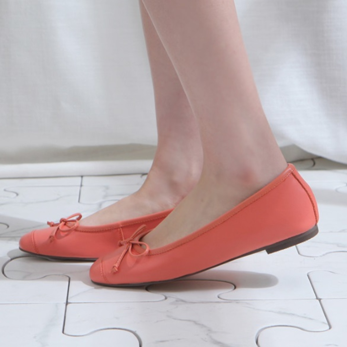 Lovely Leather Flat shoes