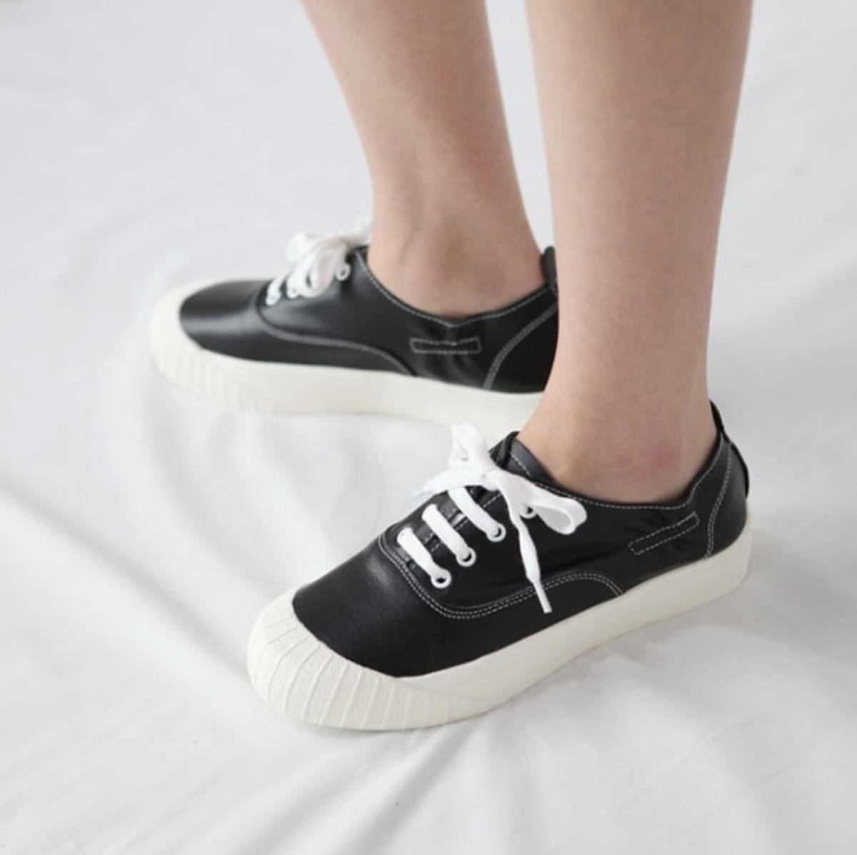綁帶收縮口運動鞋