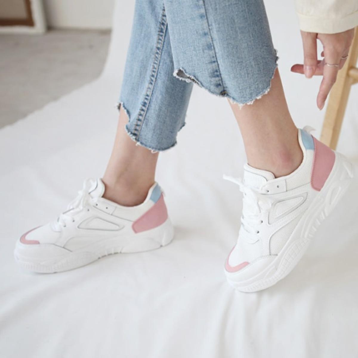 InSa Sneakers