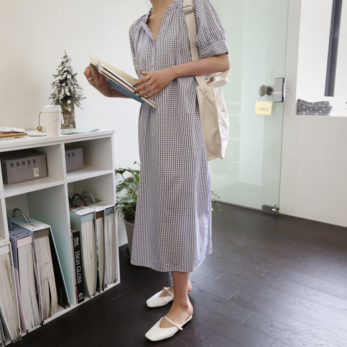 格子企領鬆身連身裙