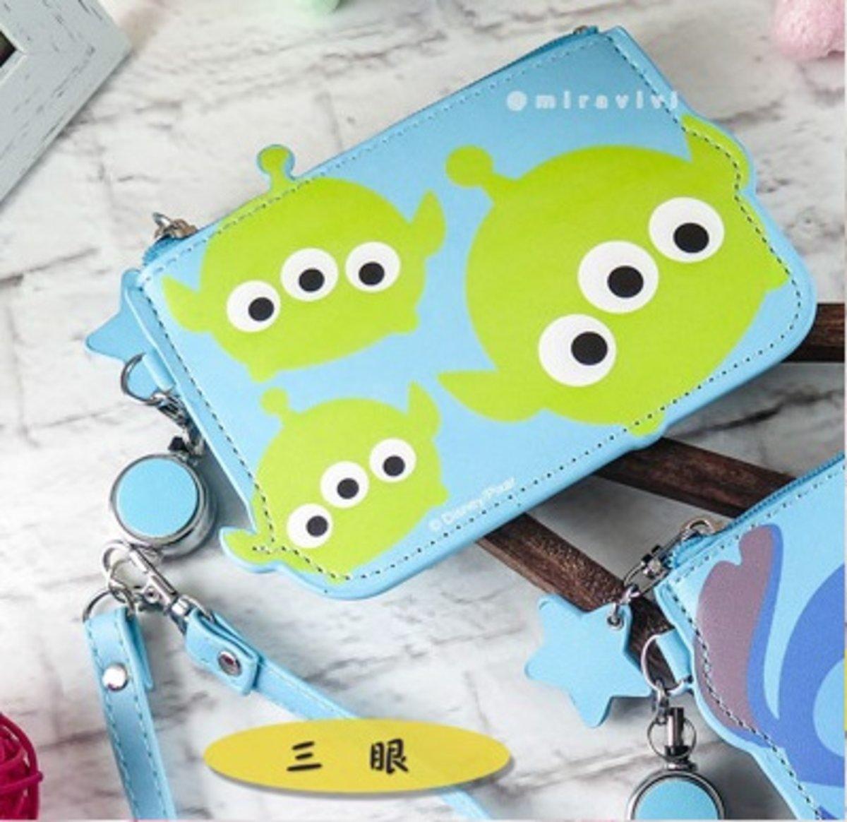 Disney Tsum Tsum Card Holder Alien D7110067