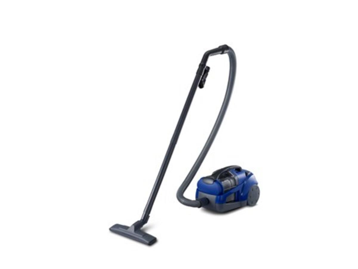 Bagless Vacuum Cleaner (1600W) MCCL561