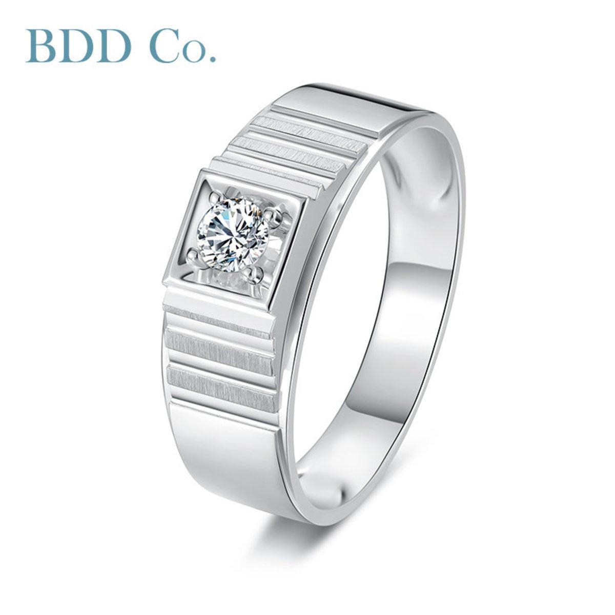 18k White Gold Classic Band Diamond Ring (0.15 ct. tw.)