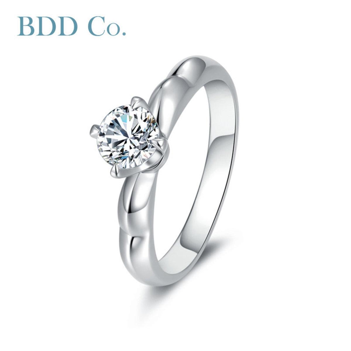 18k White Gold Women Ring