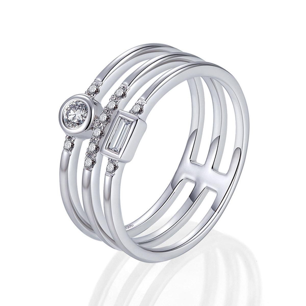 18K白金鑽石戒指(0.17克拉總重量)