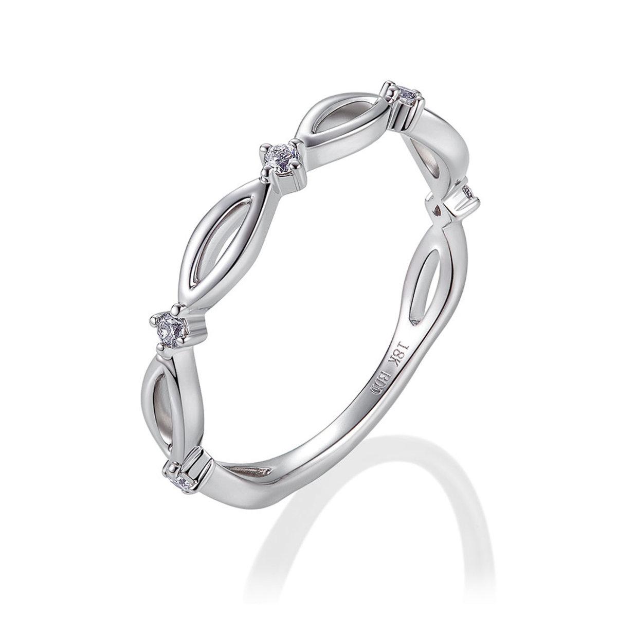 18K白金鑽石戒指(0.08克拉總重量)