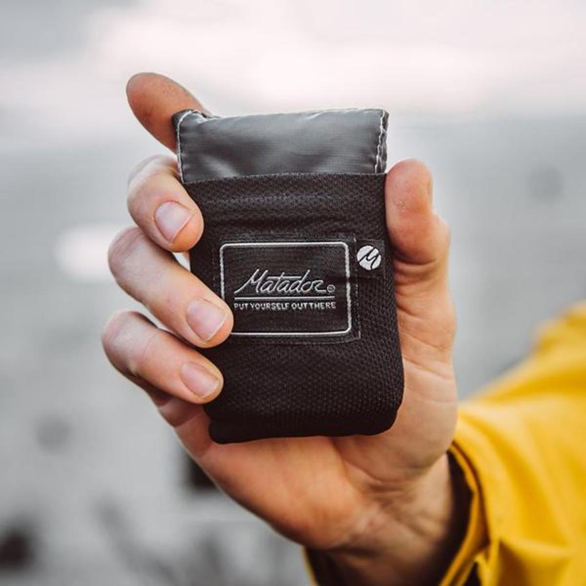 Pocket Blanket 2.0 | Black