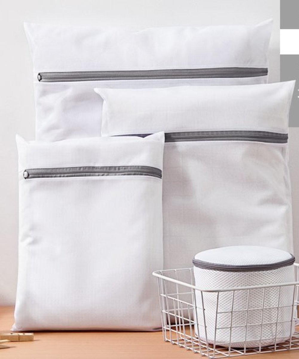 (Around 40x50cm) White Fine Mesh Laundry Net x 1pc