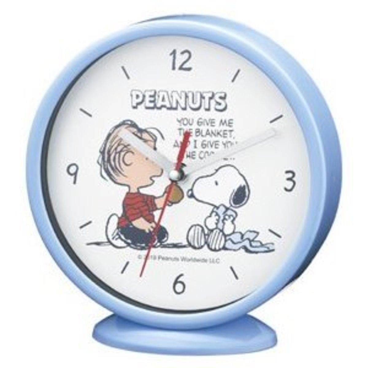 (Light Blue) Snoopy Table / Wall Clock