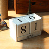 Wooden block mini calendar (White)