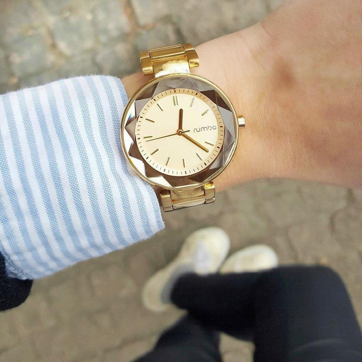 金色不銹鋼寶石切面腕錶