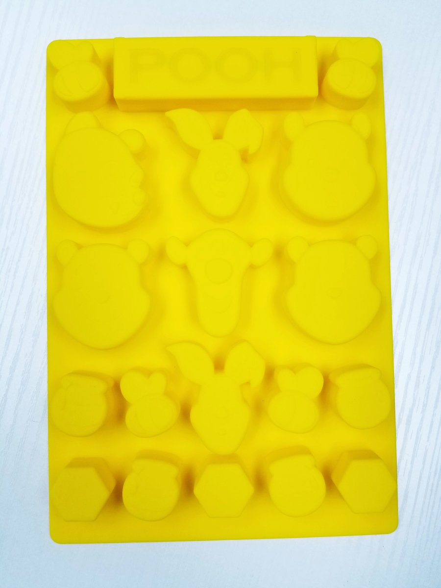 Disney - Winnie the Pooh silicone jelly candy mold (Licensed by Disney)