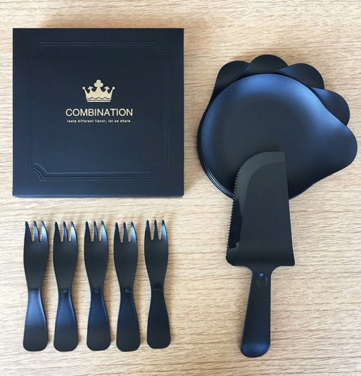 (Black) Disposable Tablewares for 5 persons