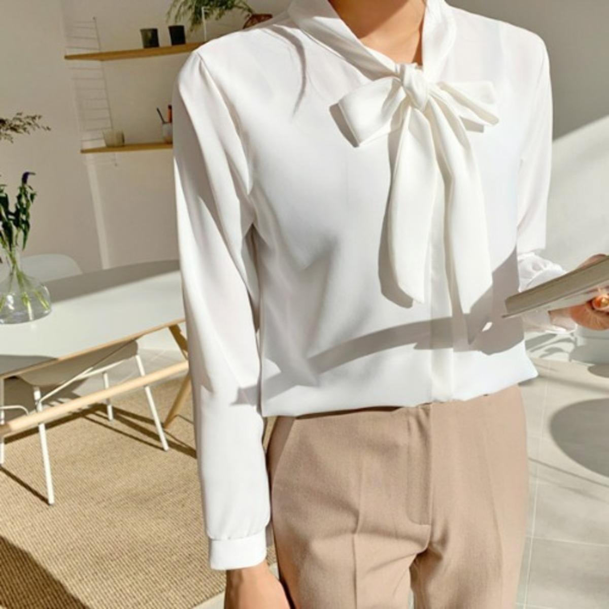 純色領帶扣鈕襯衫