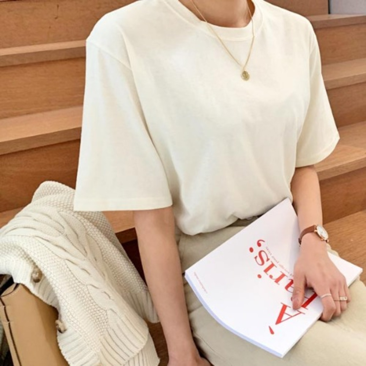 簡約圓領短袖T恤