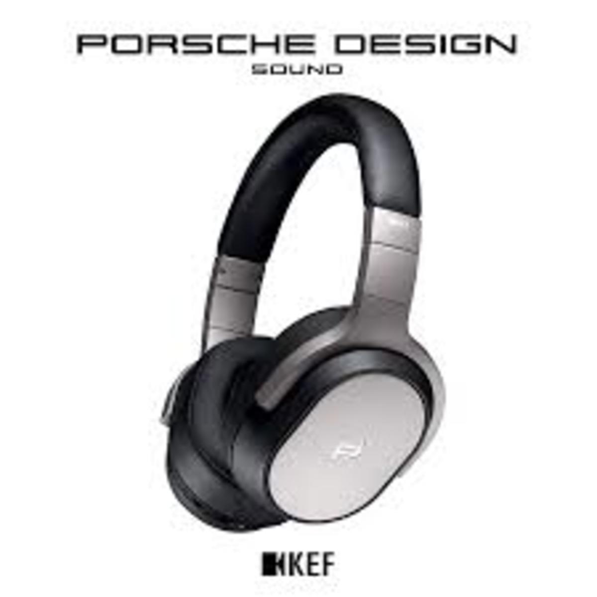 PORSCHE DESIGNSPACE ONE