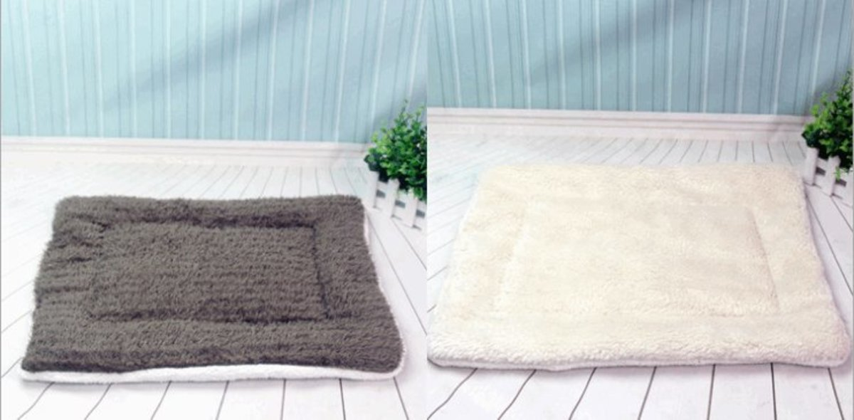 貓狗通用耐咬寵物墊子保暖毛毯L碼( 顏色隨機 )