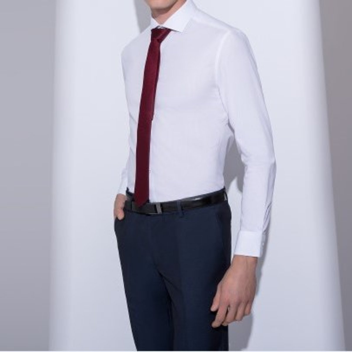 Men's 100% Cotton Non Iron Herringbone Pattern Shirt (White)