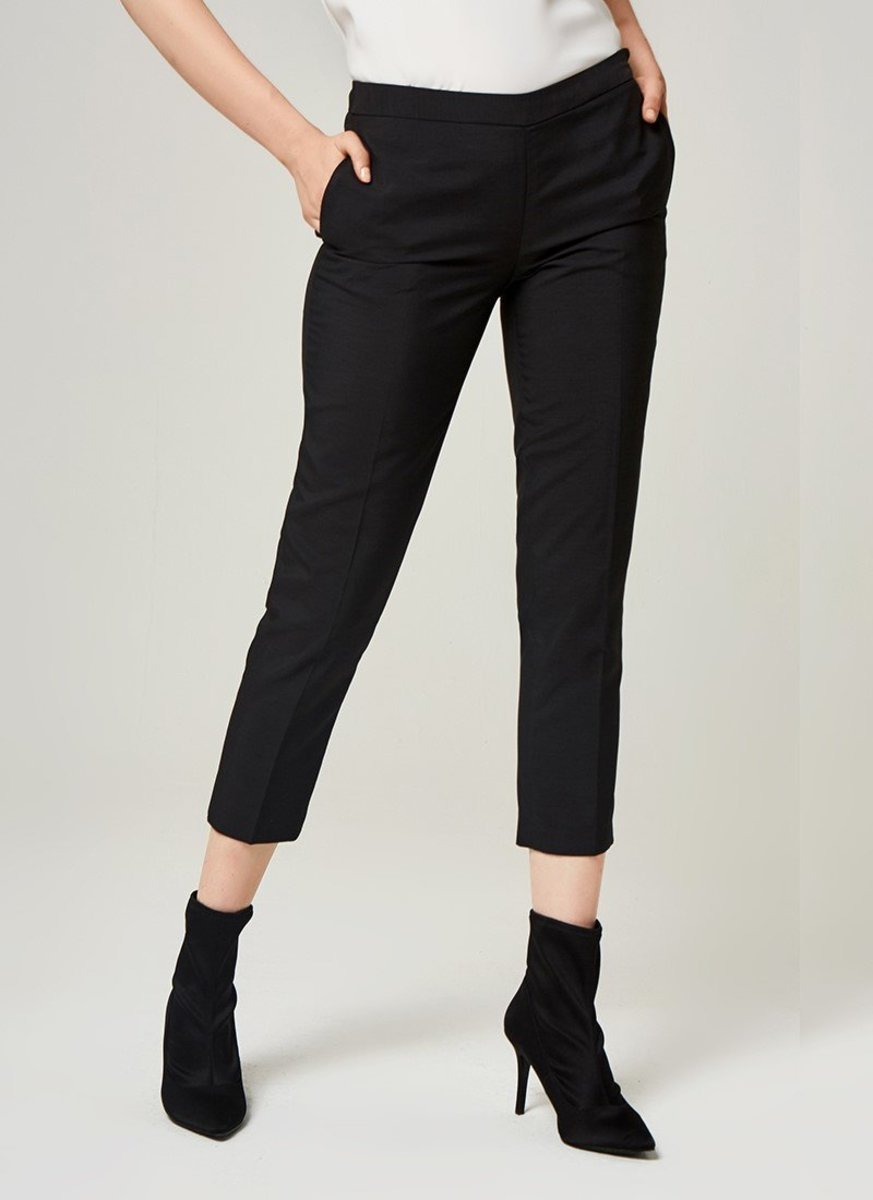 Women's Cool Touch Cropped Pants (Dark Grey)