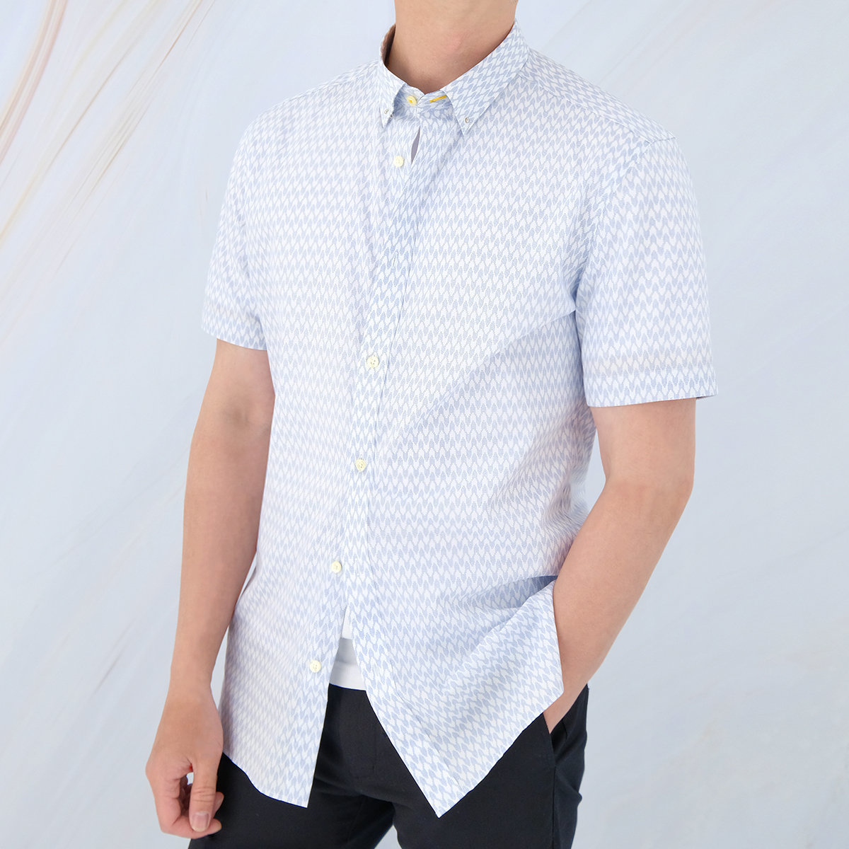 Men's Cotton Poplin Short Sleeve Printed Shirt (White)