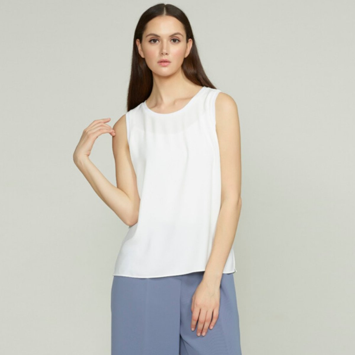 Women's Sleeveless Top with Rib Details (White)