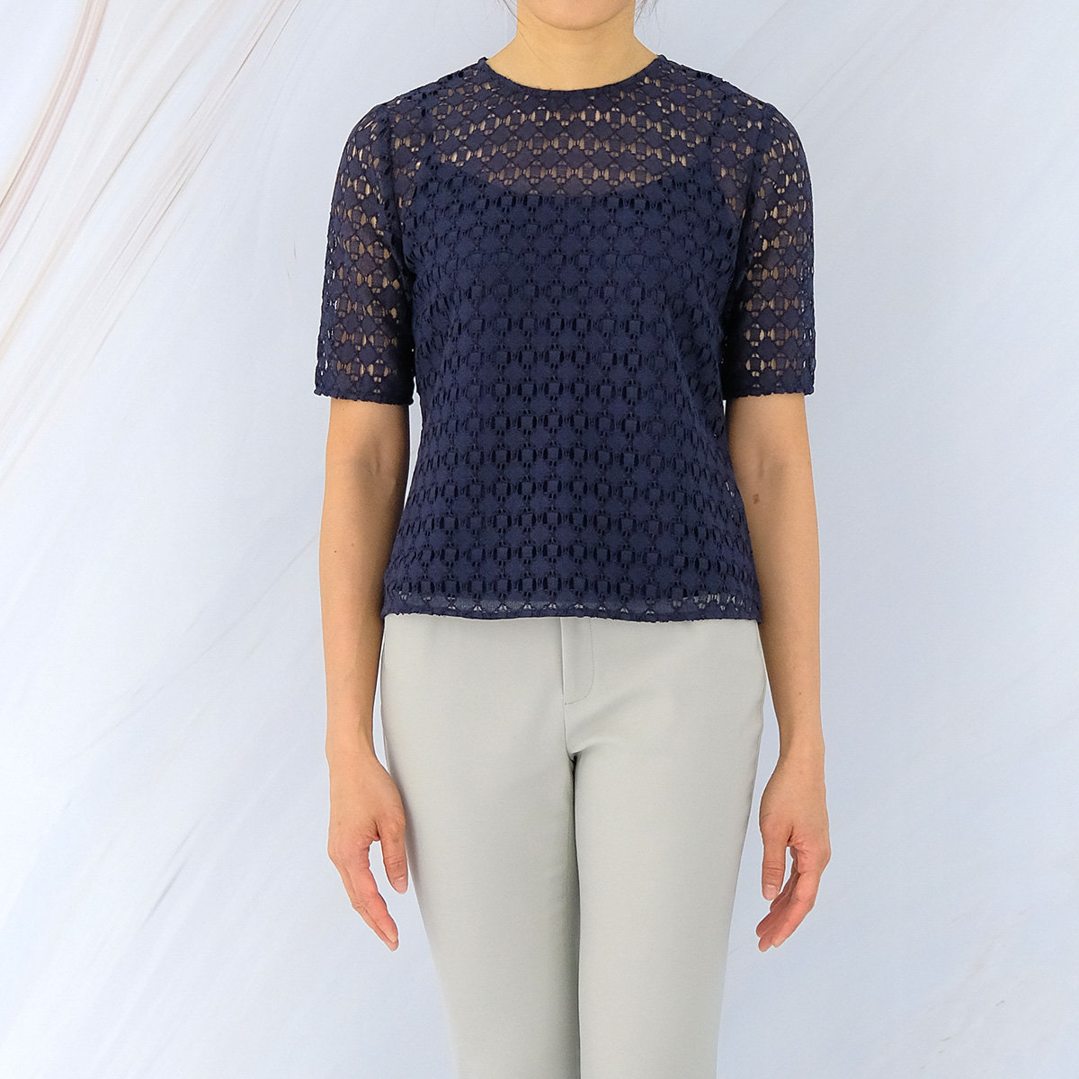 Women's Geometric Lace Fitted Top (Dark Navy)