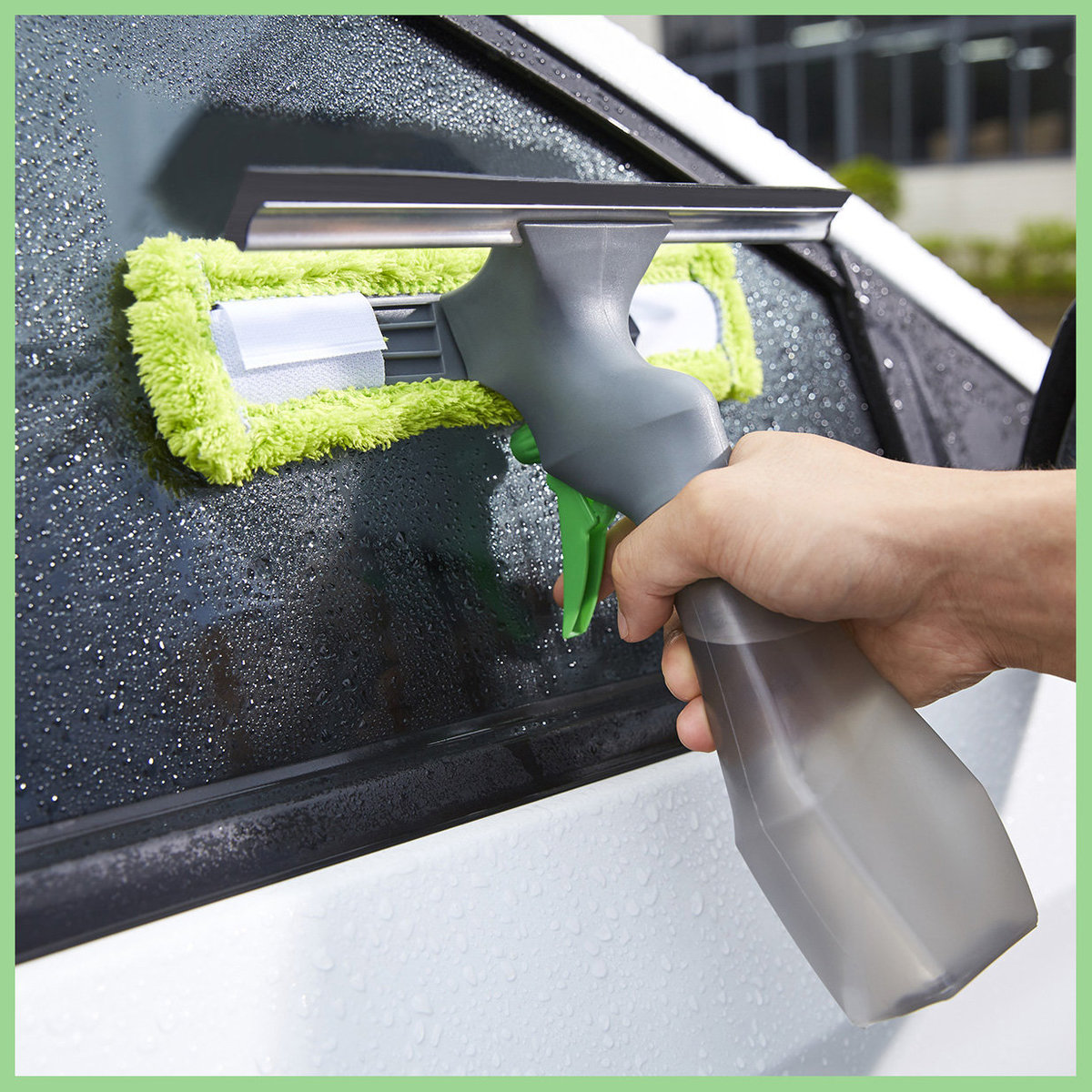 3 in 1 Easy Glass Window Cleaner (wiper+water spray+cleaner)