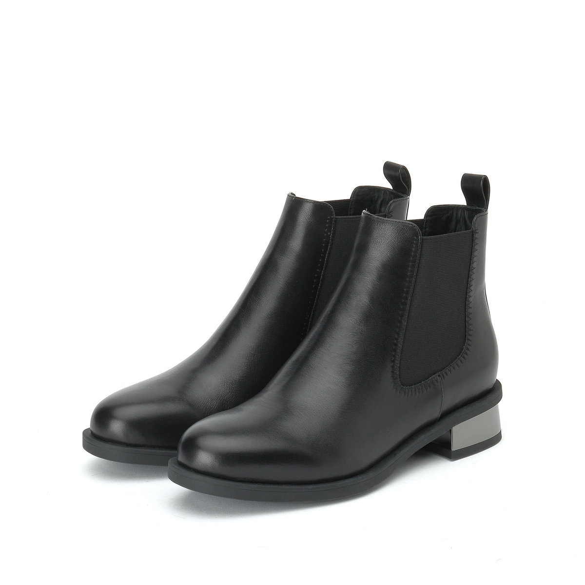 Calf Leather Chelsea Boots in Black
