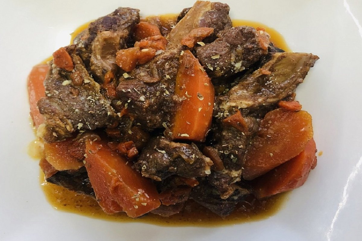 1 Set - Ready-cooked Meal (Beef Stew in Swiss Sauce w/ Side Dishes) 【Self Pick-up Only】